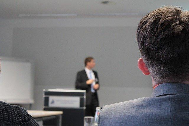 הרצאות למנהלים ולעובדים